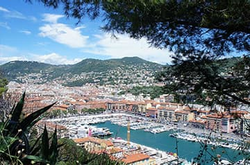 Découvrir Nice et sa région en mise à disposition de véhicules avec chauffeur